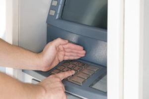 Bargeld abholen nach einer Kreditauszahlung
